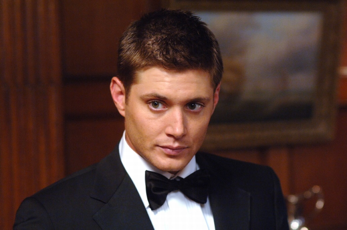 Jensen as Dean Winchester, who doesn't like suits