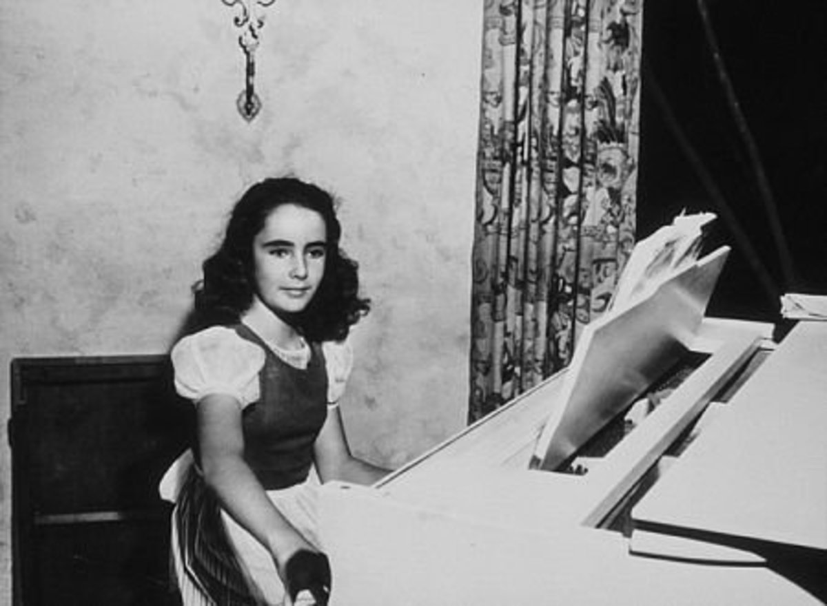 The young Elizabeth Taylor as Helen