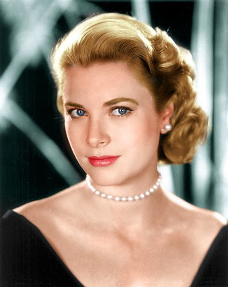 The ultimate symbol of cool elegance, Grace Kelly.