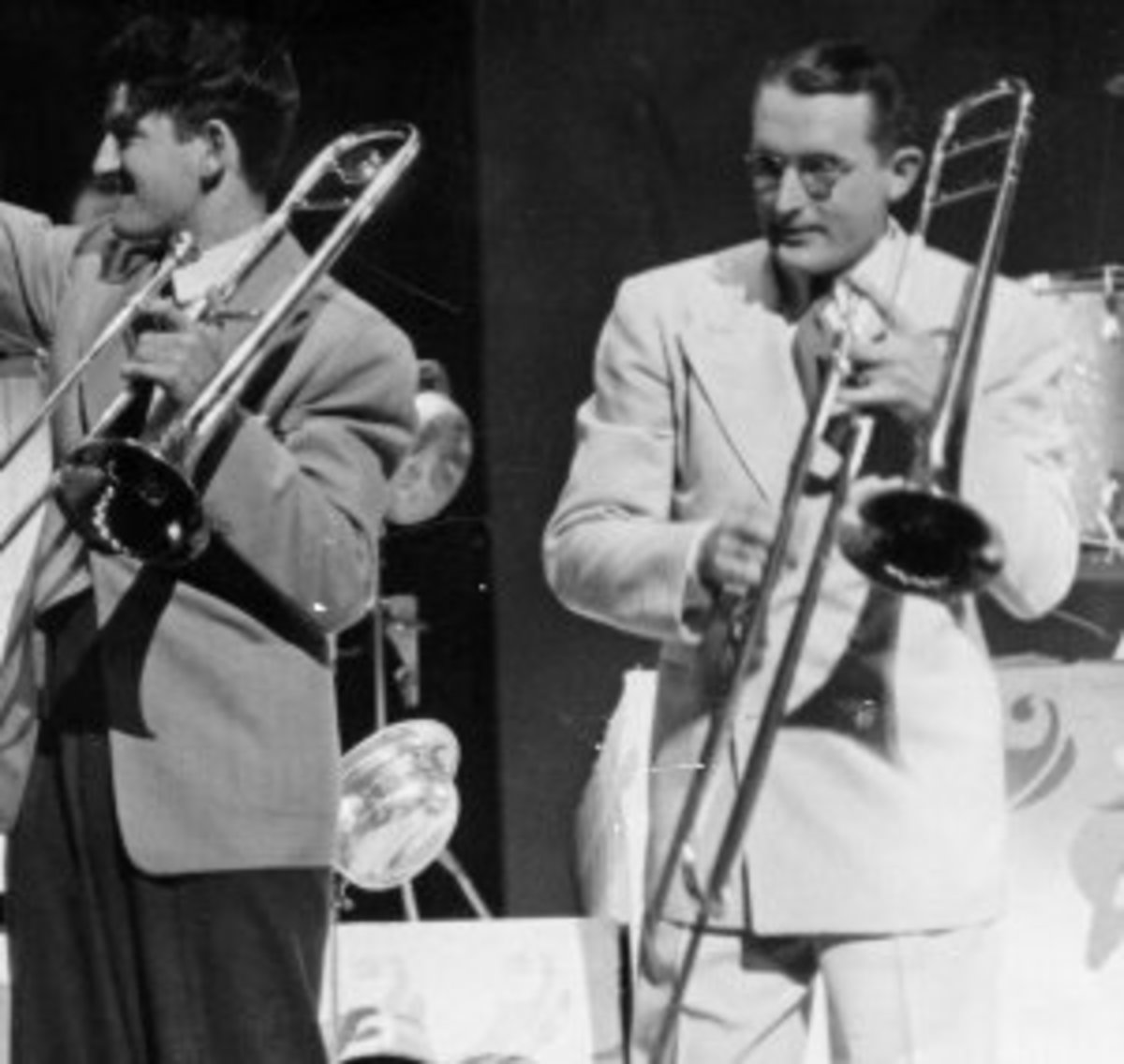 EARLE HAGEN & TOMMY DORSEY.
