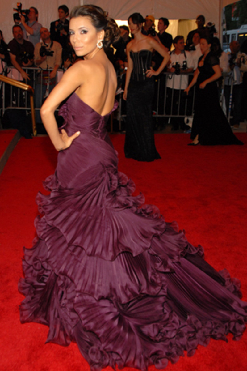 Eva Longoria in Purple Evening Dress with Long Train