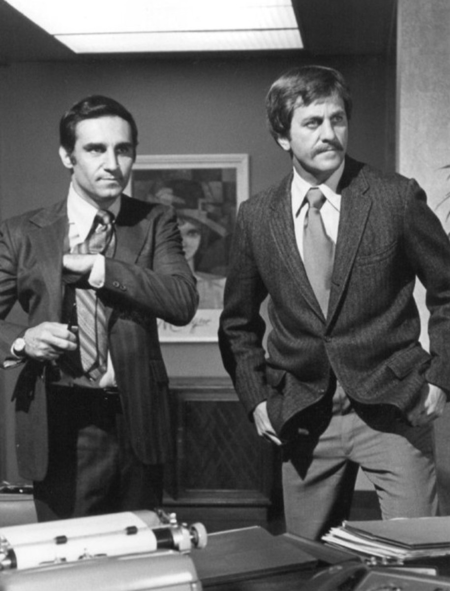 Tony Lo Bianco and Don Meredith on Police Story.
