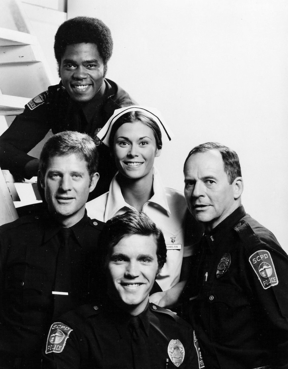 The cast of The Rookies from the top: Georg Stanford Brown (as Terry Webster), Kate Jackson (Jill Danko), Gerald S. O'Laughlin (Eddie Ryker), Bruce Franklin (Chris Owens), and Sam Melville (Mike Danko).