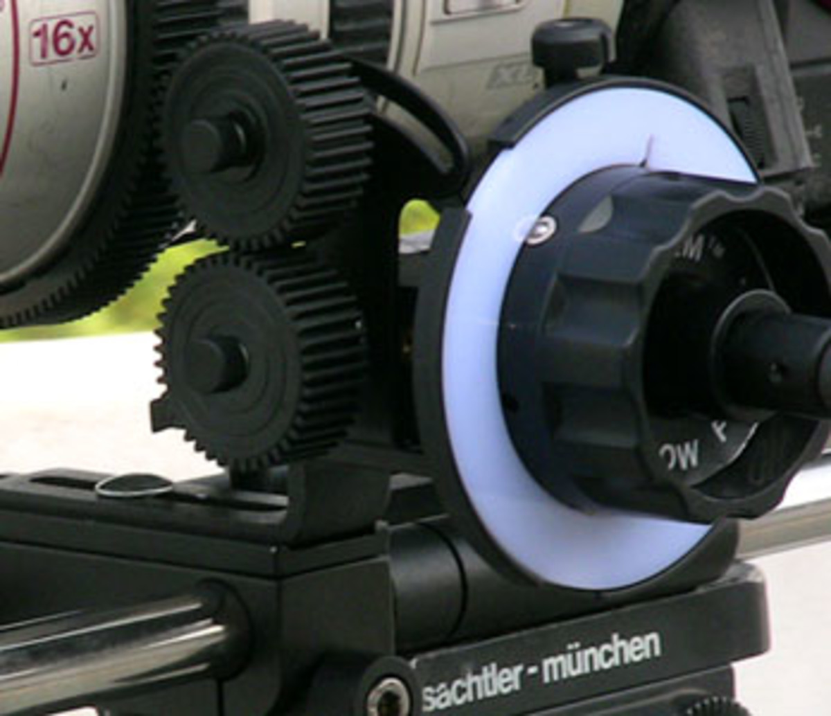 A Follow-focus device. Note the white wheel on which the Focus puller will mark his distances.
