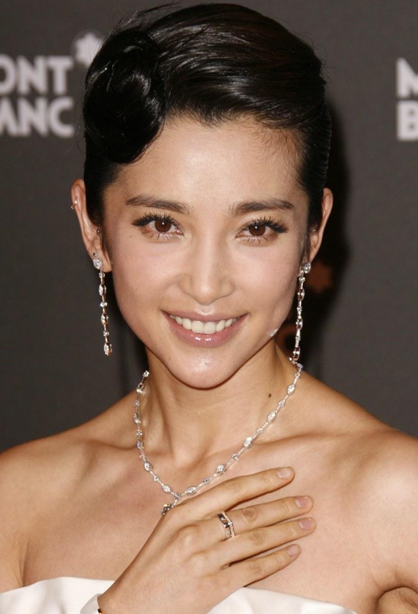 Asian female movie stars