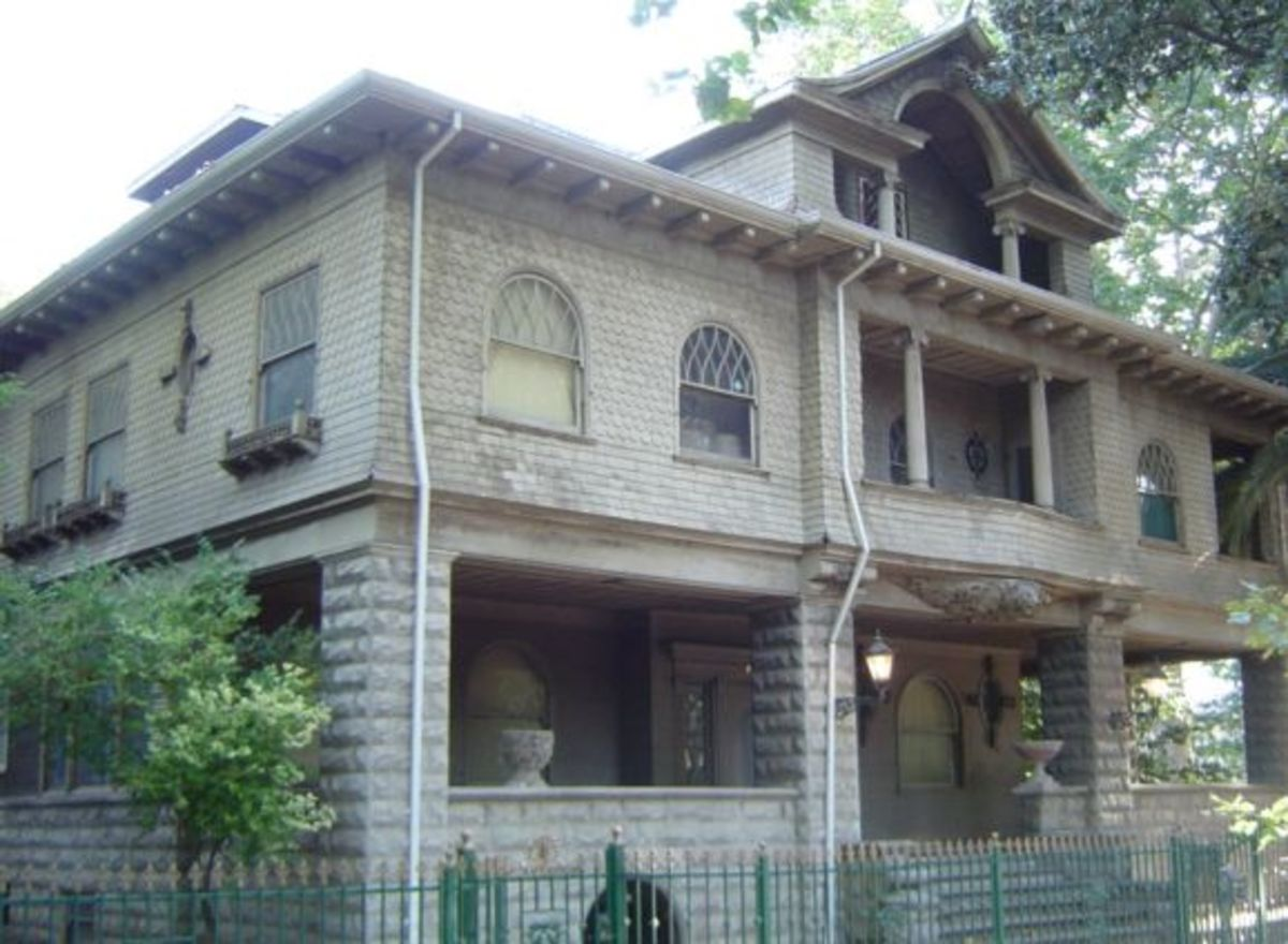 The local haunted house in midtown Sacramento, CA