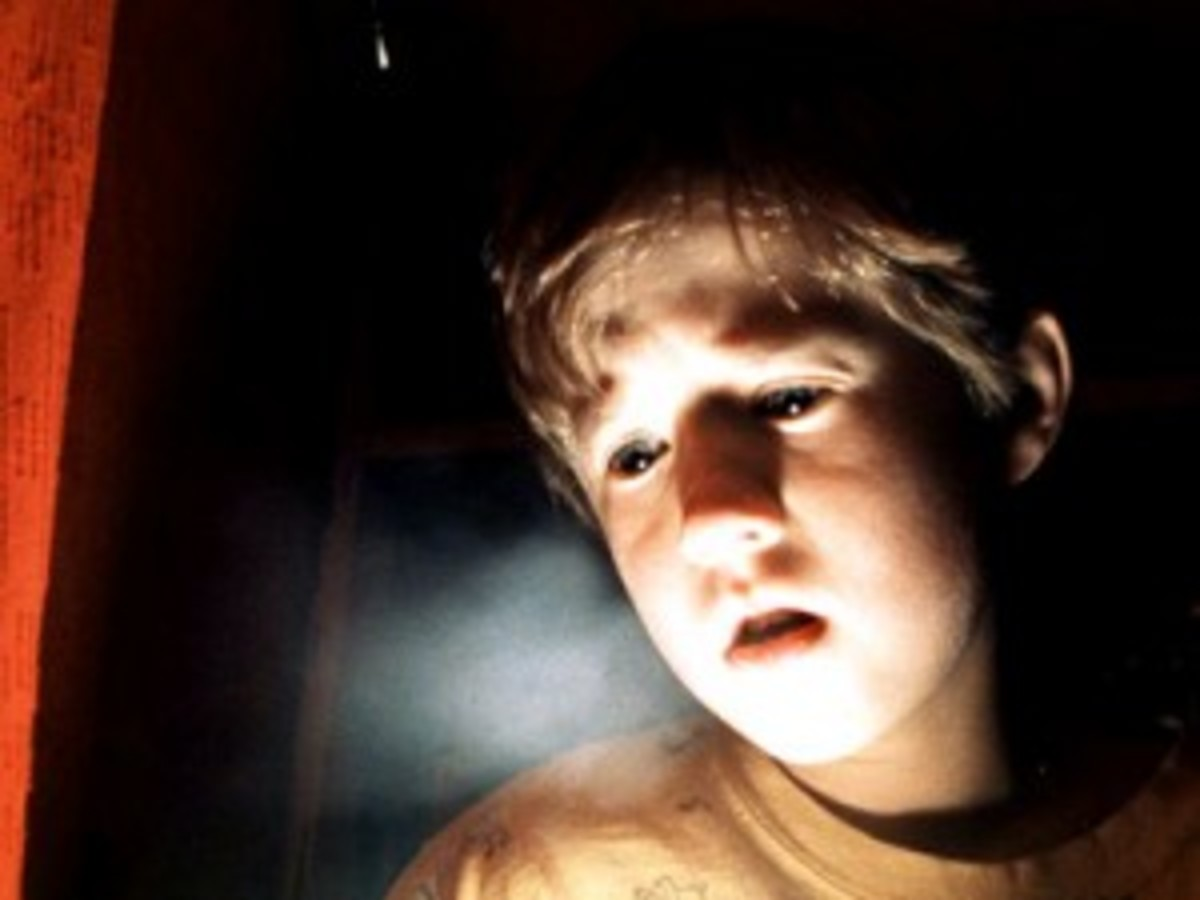 The Sixth Sense - intense drama set against a terrifying backdrop