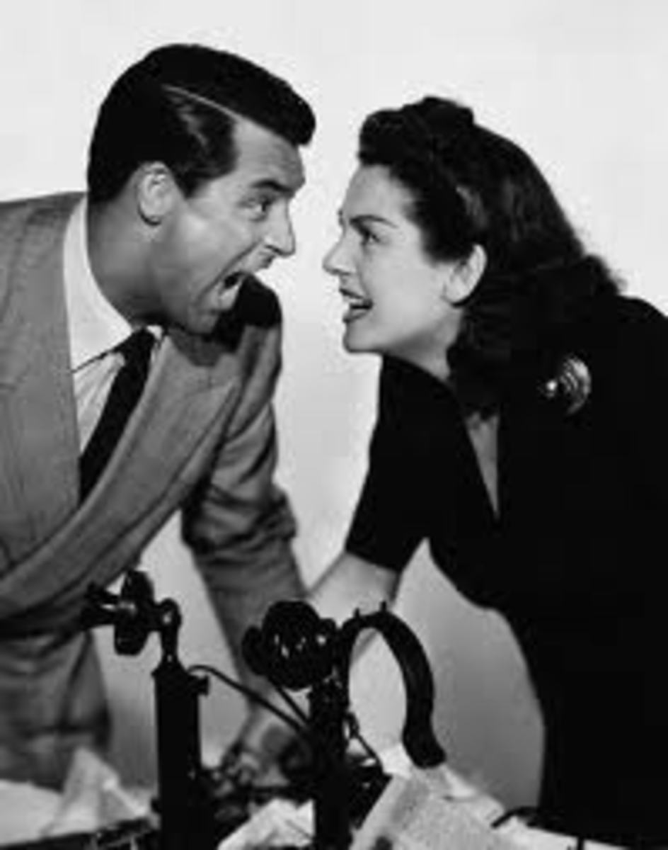 Cary Grand and Rosalind Russell in His Girl Friday