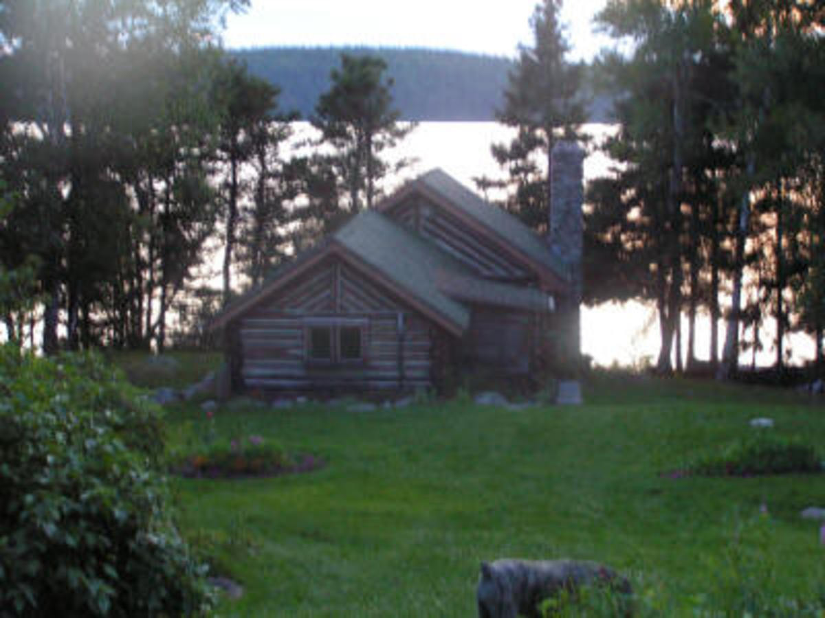 The cabin by the lake at Canaveral House