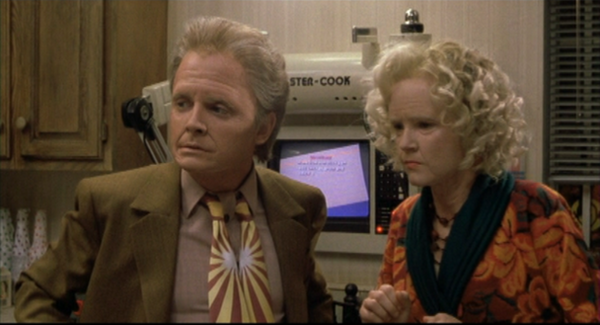 The fake old people thing only got worse, like just about everything else, in BTTF 2.