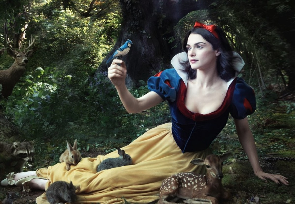 To be honest, the only way you'd get me to like Snow White is if she were played by Rachel Weisz.