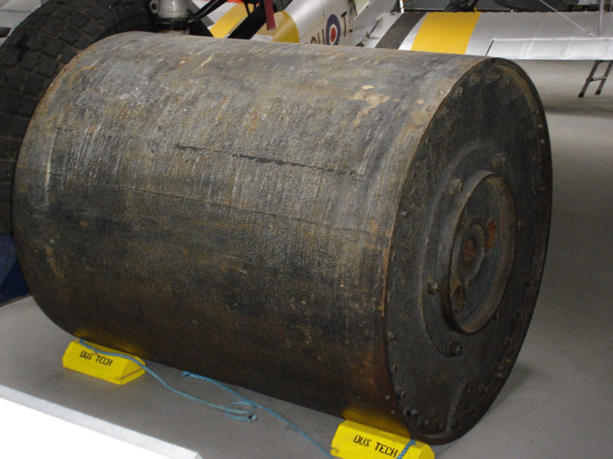 Okay, only a geek like me would find this photo pretty. But this is an actual bouncing bomb of the same type that was used against the German dams.