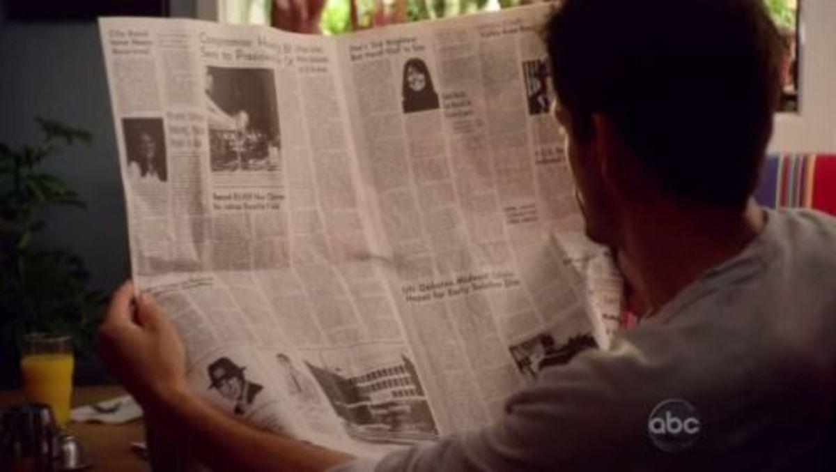 """Earl Hays newspaper prop in """"Cougar Town"""" (2009)"""