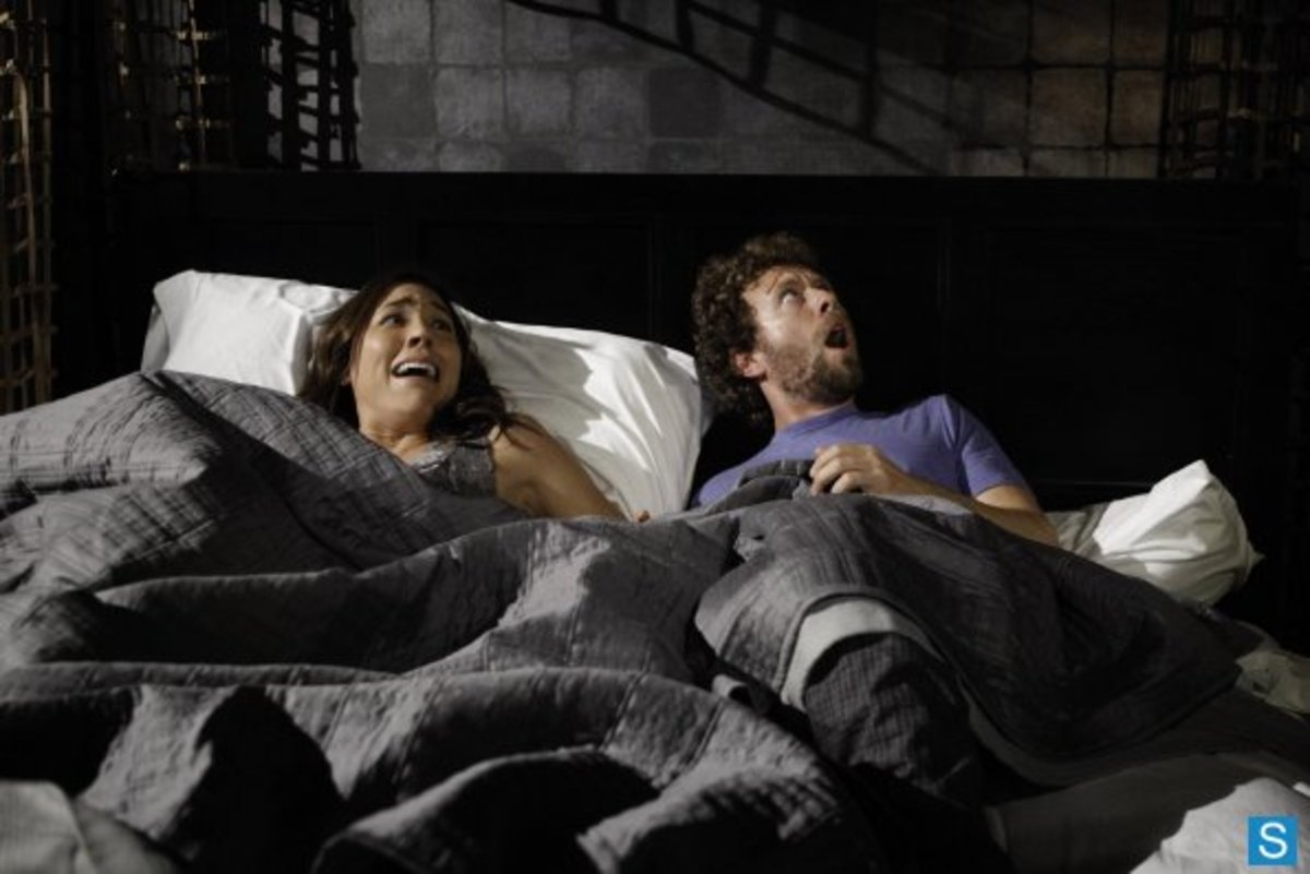 "Angela and Hodgins wake up to a dead body in their bedroom in the season 8 episode ""The Corpse On The Canopy""."