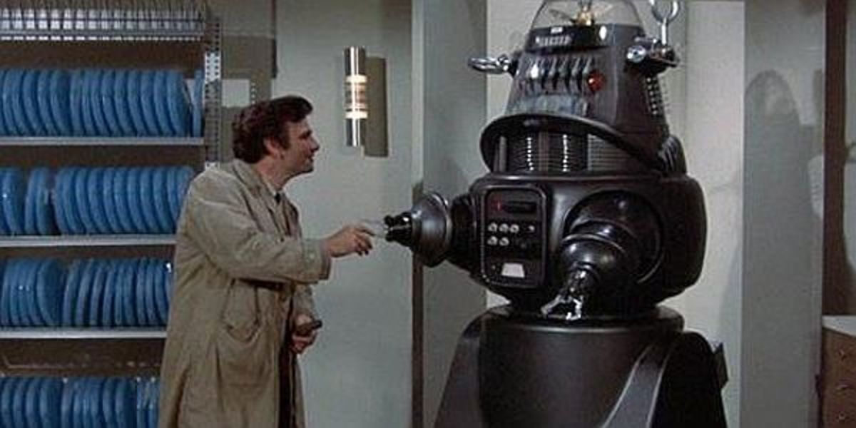 Robby The Robot in Columbo