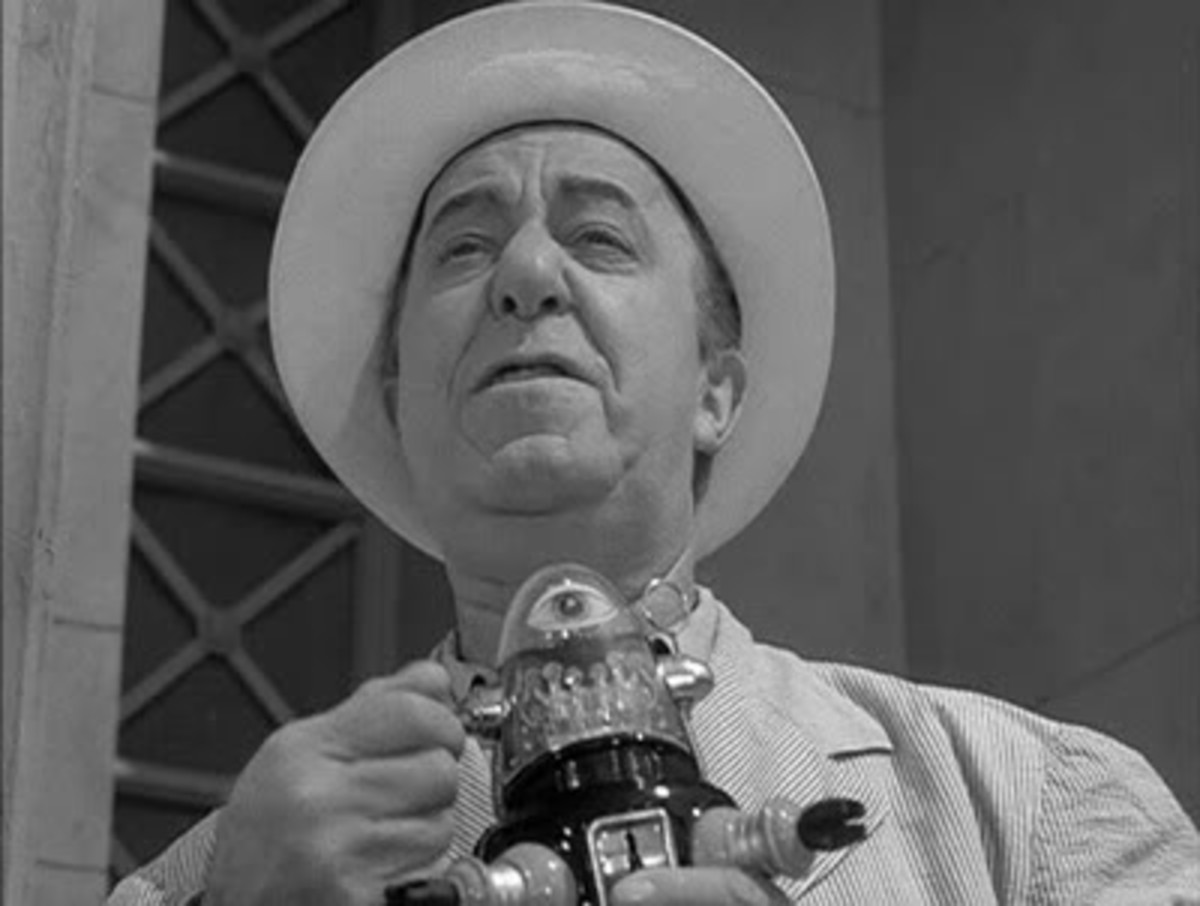 Robby the Robot In The Twilight Zone, One For The Angels