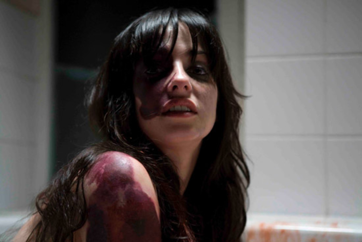 Dread was part of the After Dark Horror Fest, a movie fest that is very near and dear to my heart.