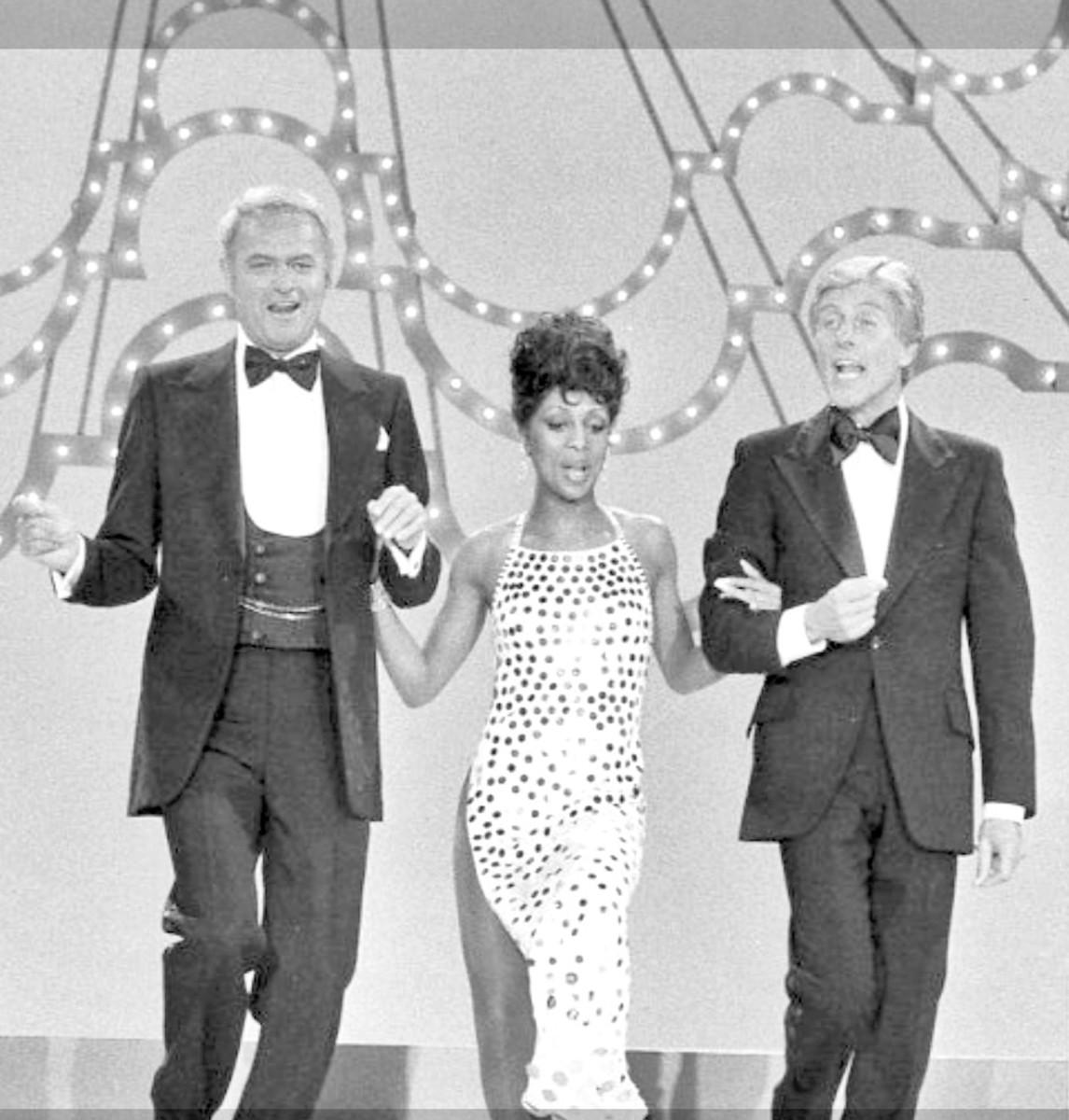Harvey Korman, Lola Falana with Dick in episode from November 18, 1976