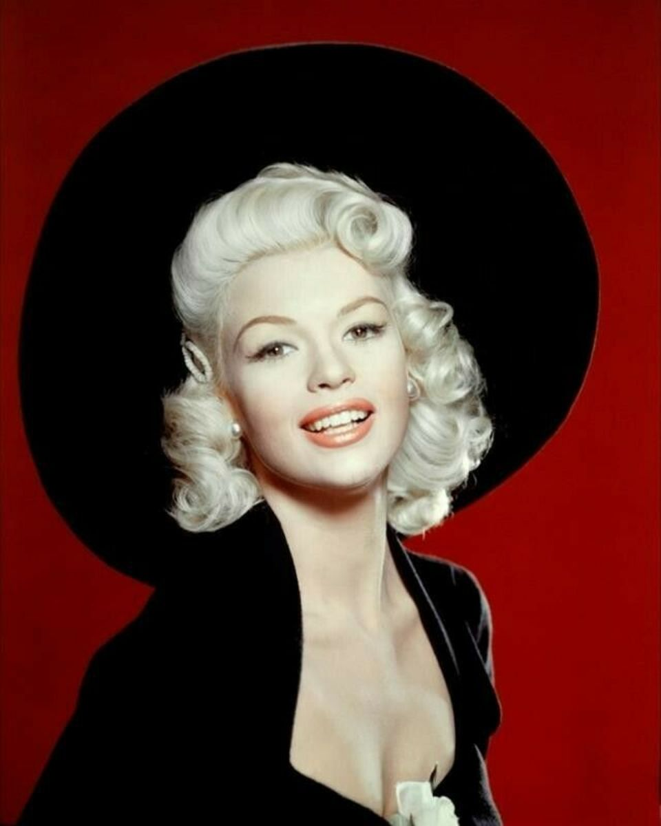 Lovely publicity photo of Jayne from the film