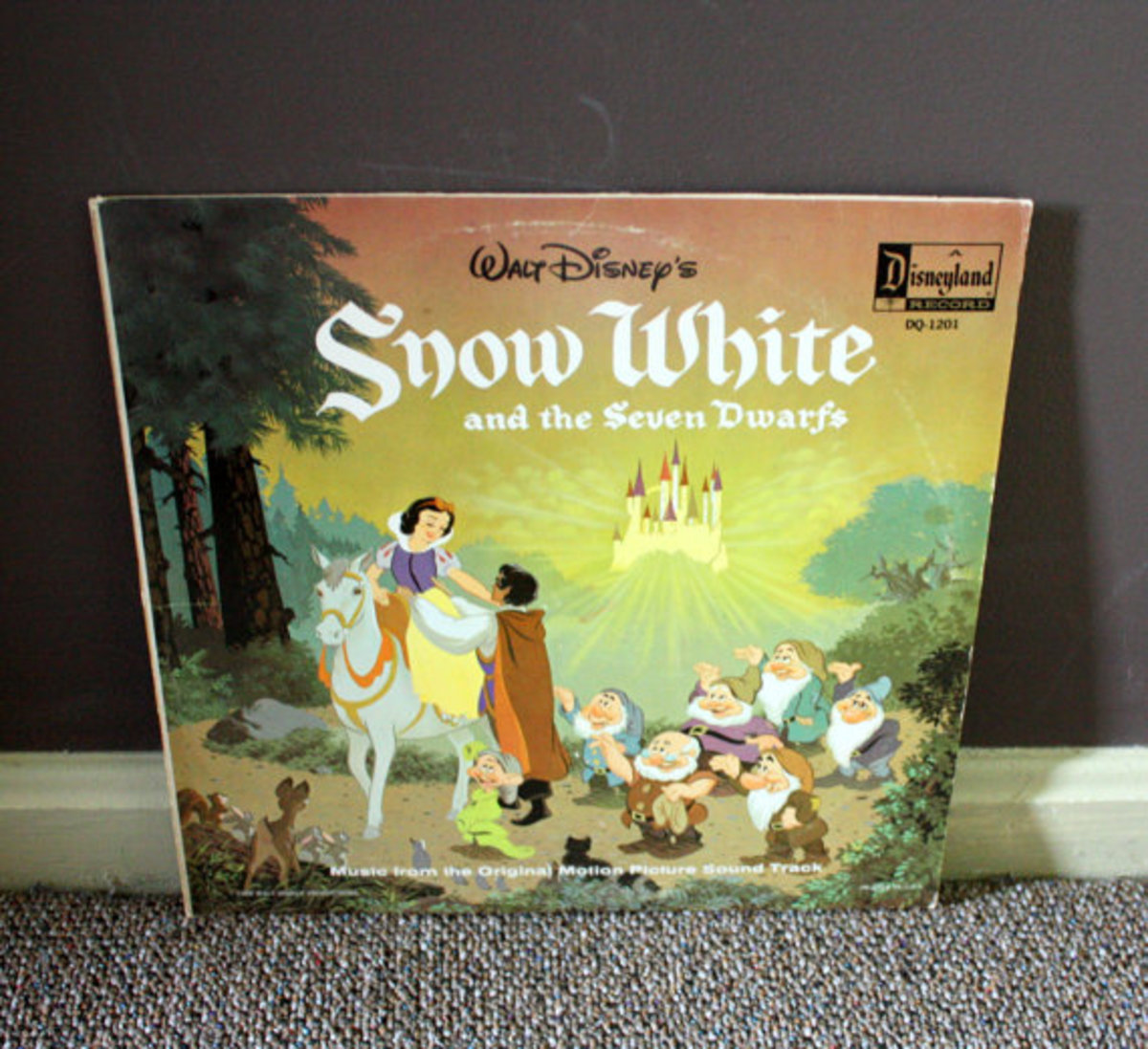 Here is a picture of the soundtrack on vinyl.