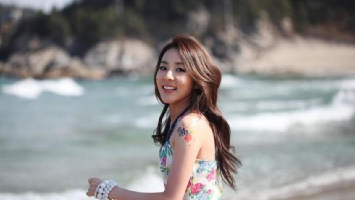 10-korean-celebrities-with-painful-family-history