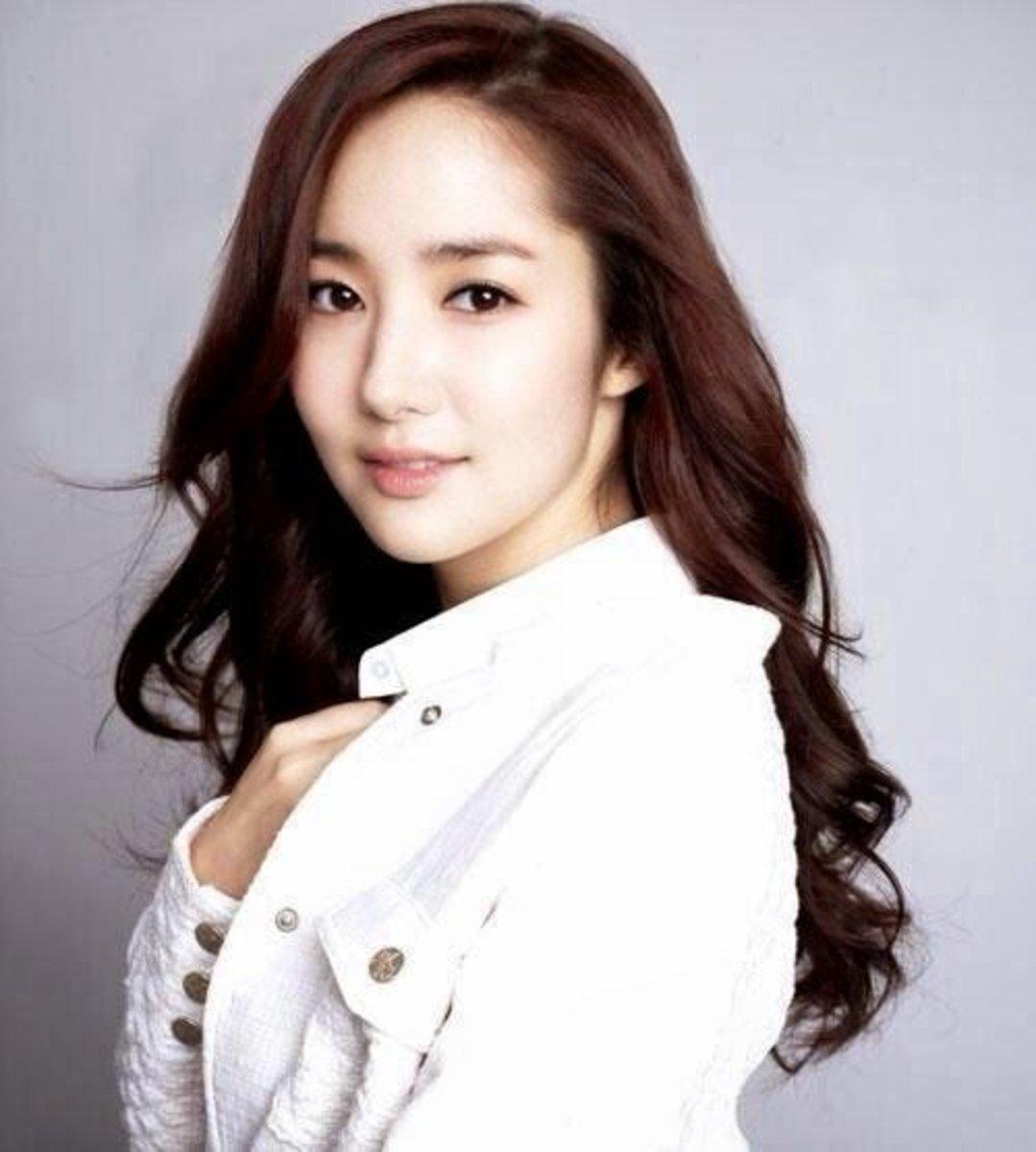 Top 10 Most Beautiful Korean Actresses Reelrundown