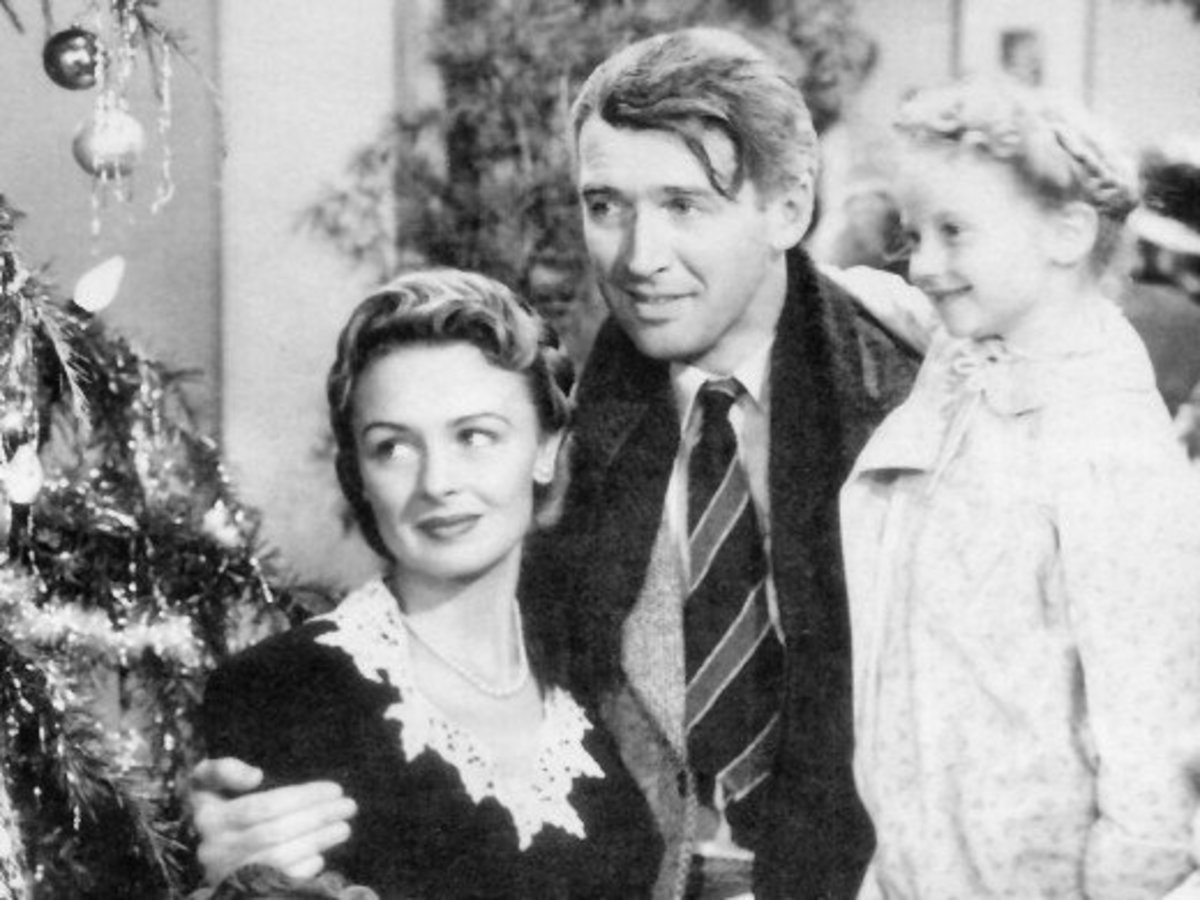 """Olivia de Havilland turned down the part of """"Mary Bailey"""" with her one-time boyfriend, actor James Stewart.  The part went to actress Donna Reed."""
