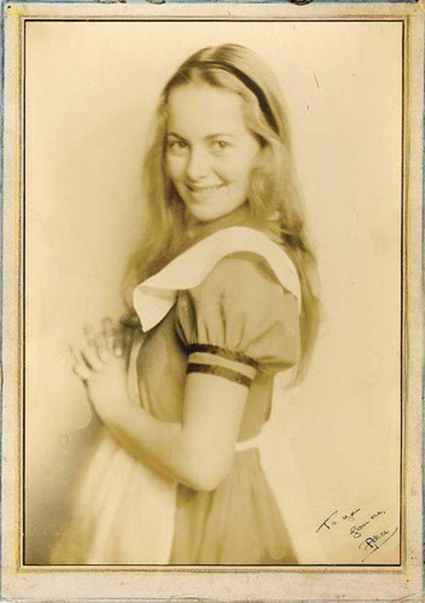 Olivia de Havilland was born in Japan to British parents.