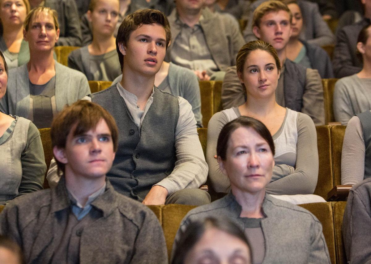 Image www.popsugar.com/entertainment/Divergent-Movie-Pictures-30511040?stream_view=1#photo-31343991