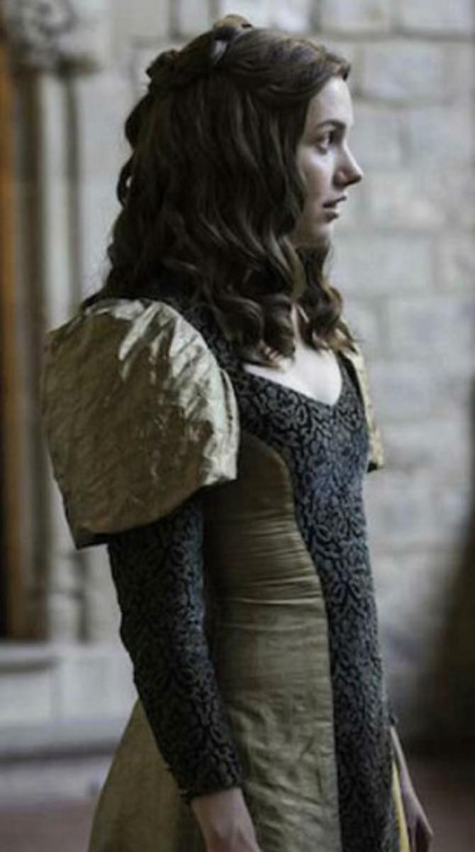 Hannah Murray as Gilly