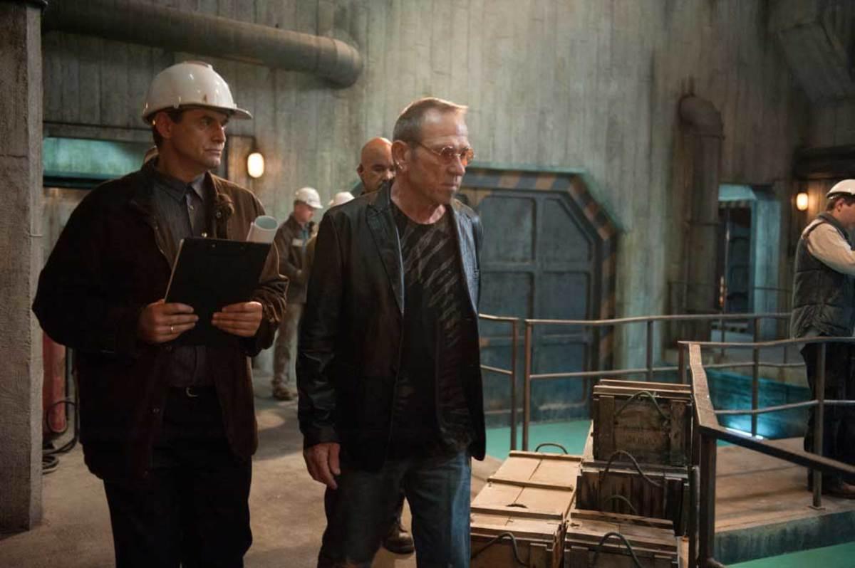"Tommy Lee Jones as Max Adams in ""Mechanic: Resurrection."""