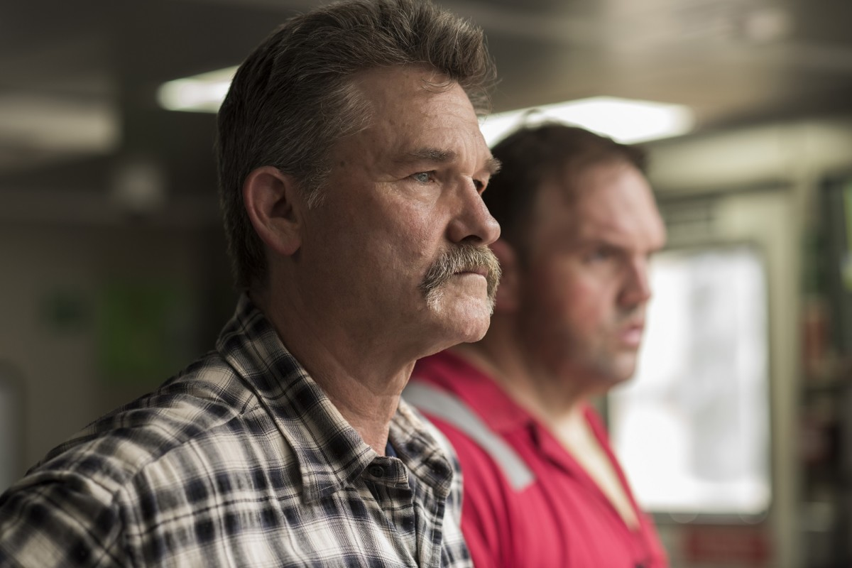 "Kurt Russell and Ethan Suplee in ""Deepwater Horizon."""