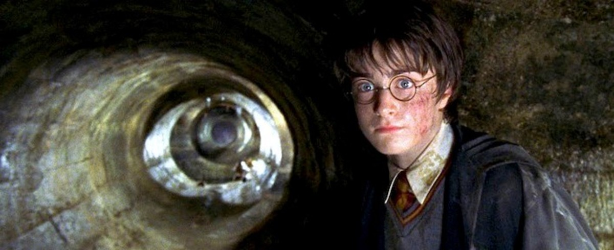 Harry enters the Chamber of Secrets
