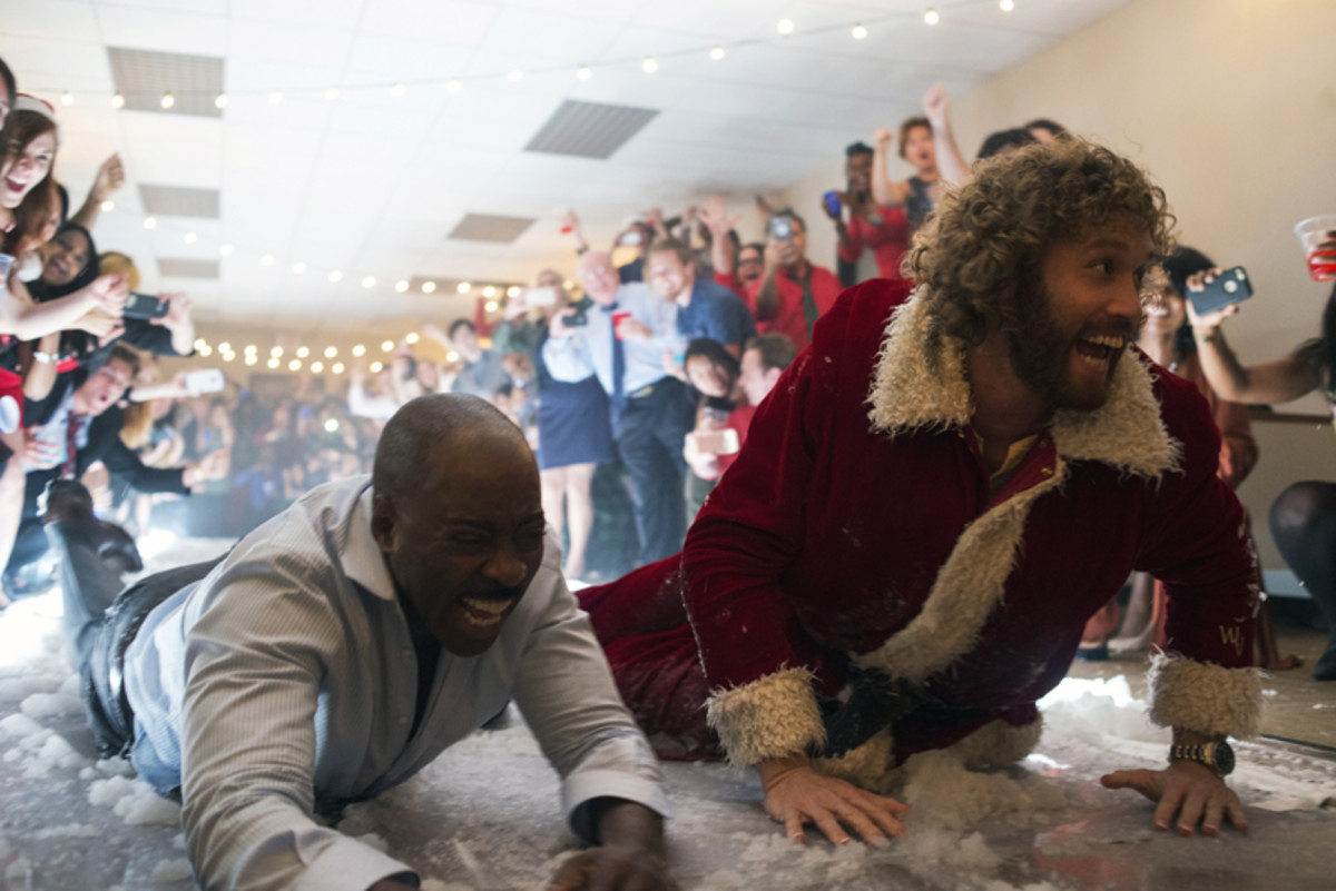 office-christmas-party-a-millennials-movie-review