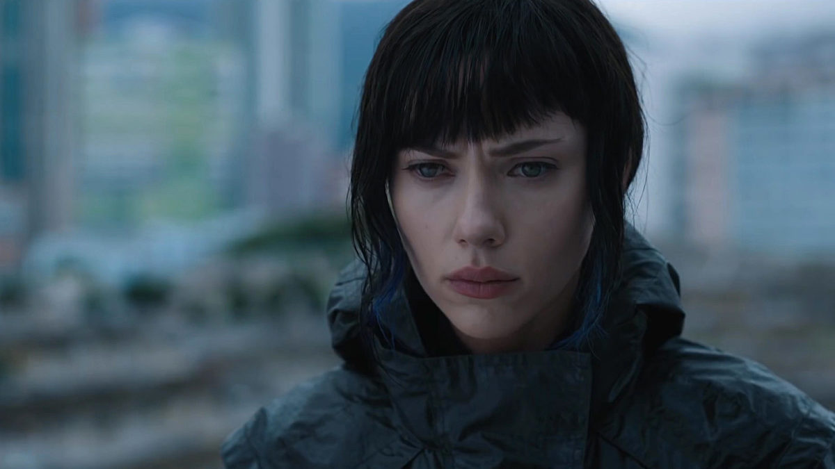 Scarlett Johansson as The Major and wondering if those seizures she's having are due to being in another terrible film.