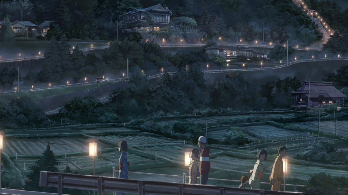 Itomori's summer festival this year happens to coincide with the appearance of the comet.