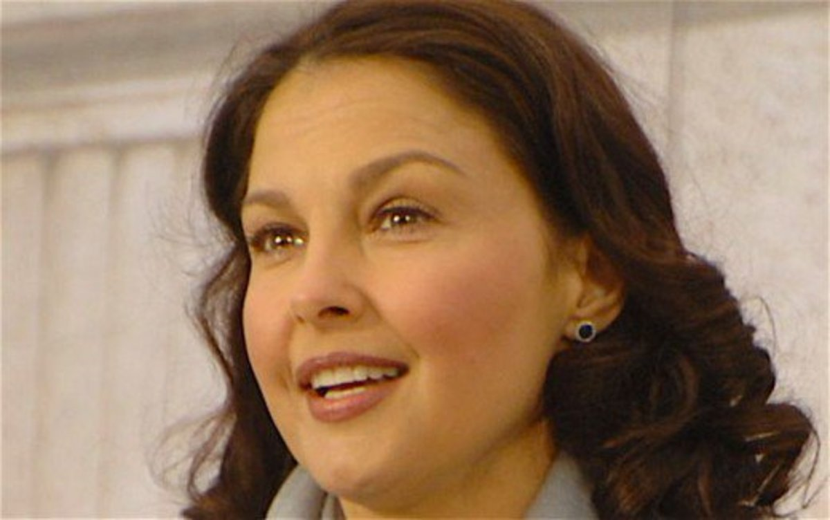 Ashley Judd joined her big sister Wynonna in a Texas mental health institute.