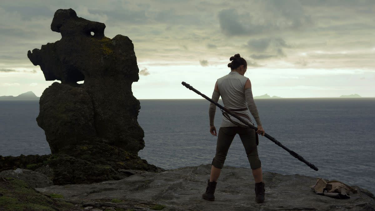 I'm still hoping Rey gets a light-staff, basically the weapon that Darth Maul uses
