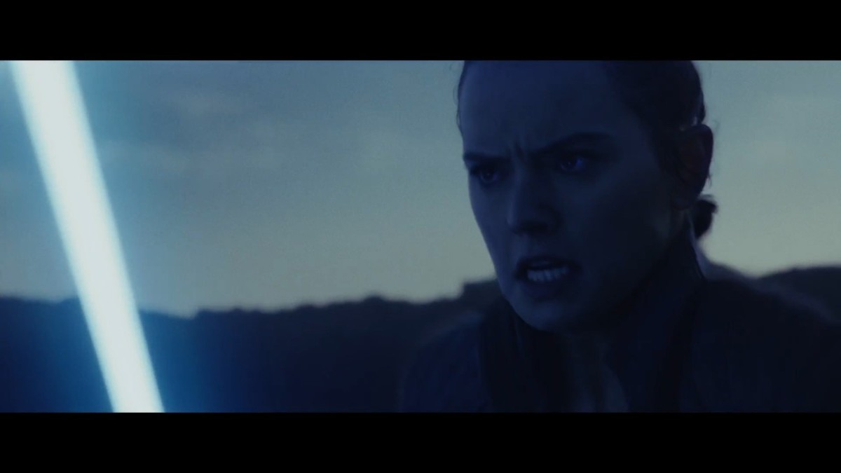 Rey fighting, possibly anger on her face