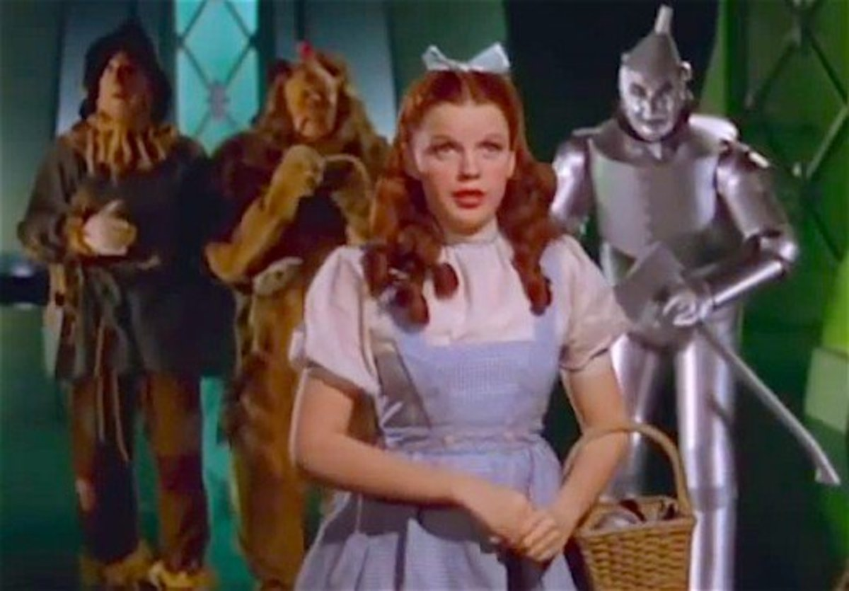 Judy Garland as homesick Dorothy in The Wizard of Oz.
