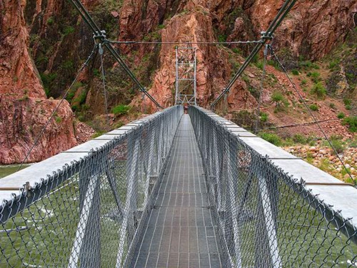 The Silver Suspension Bridge along the Bright Angel/River Trail route