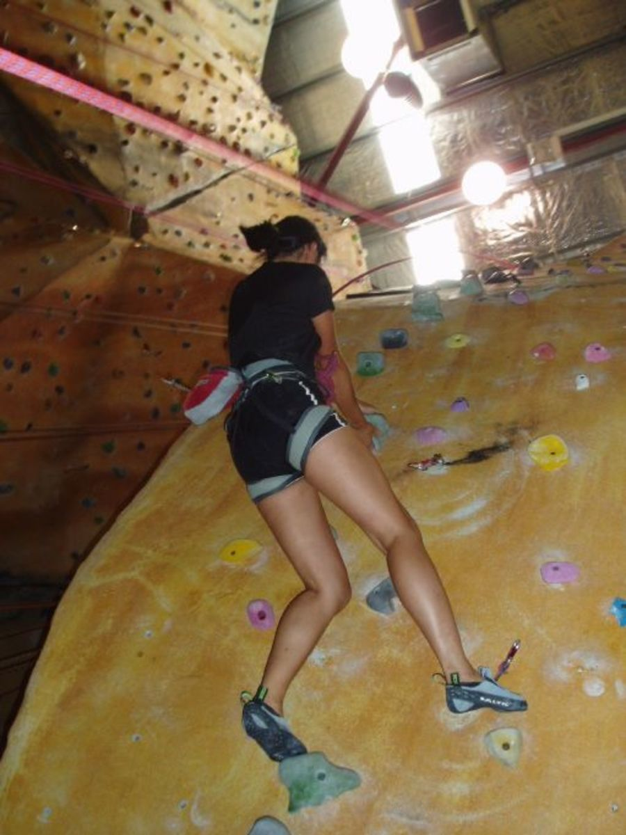 If you're struggling, ask your belayer to tighten the slack of your top-rope.