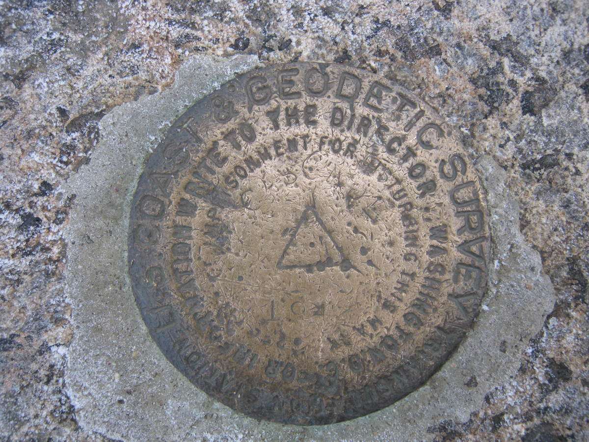 The geodetic survey marker marks the summit of Cascade.
