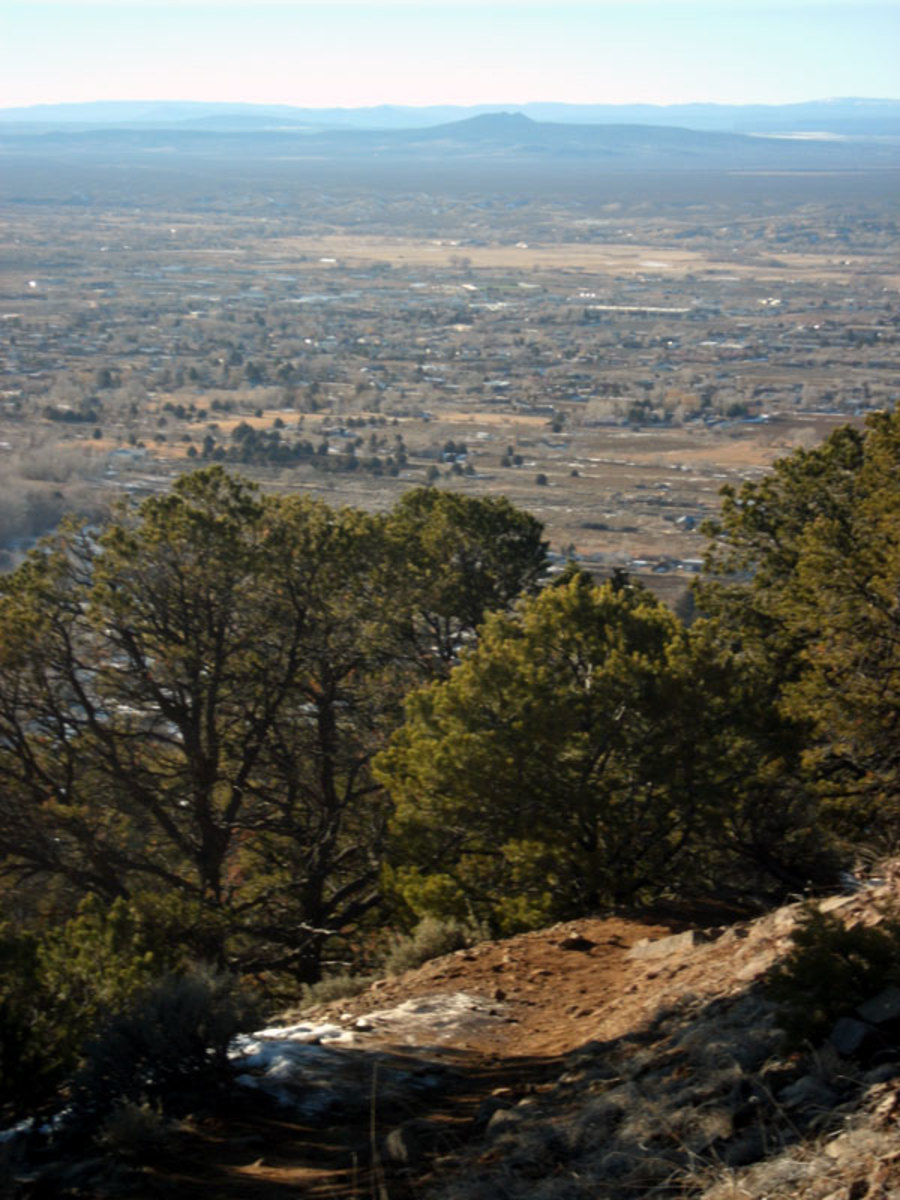Divisadero Mountain is situated only a few miles from Taos and overlooks the Taos valley