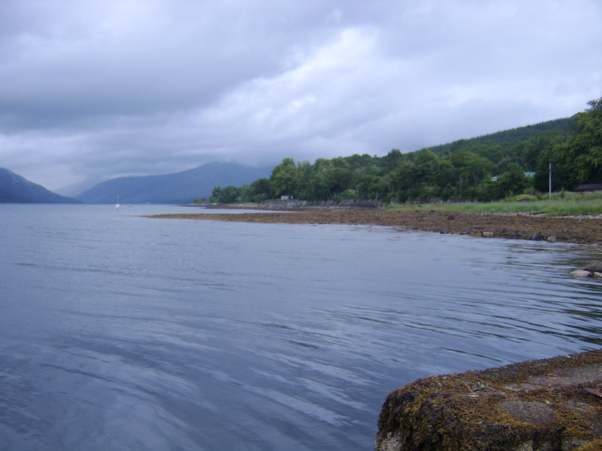 Daylight briefly brought some better weather at St Catherines but on this occasion, it wasn't to last (view is towards the unseen Head of Loch Fyne)