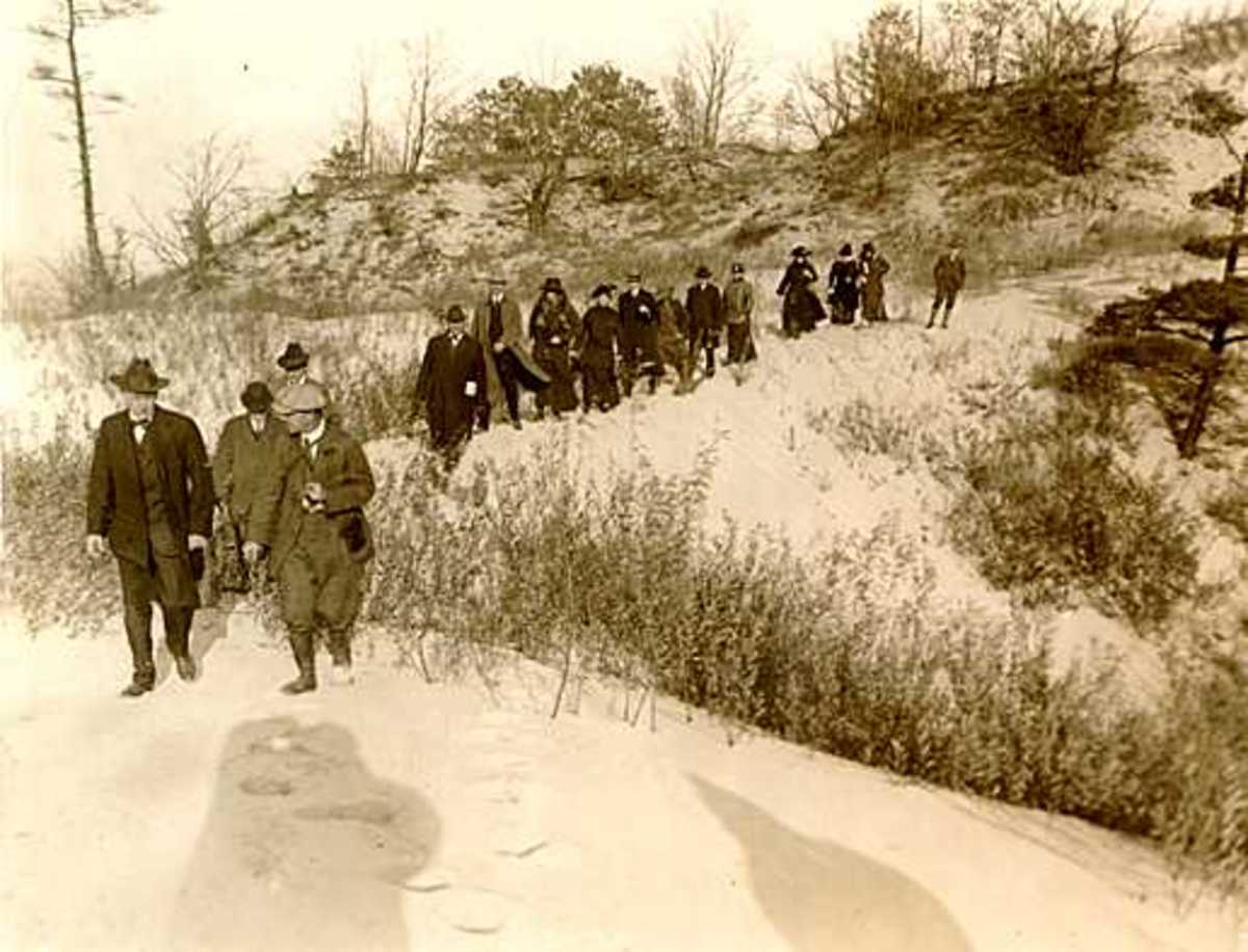 Colonel Lieber visiting the future Indiana Dunes State Park in 1916 with National Park Service Director Stephen Mather