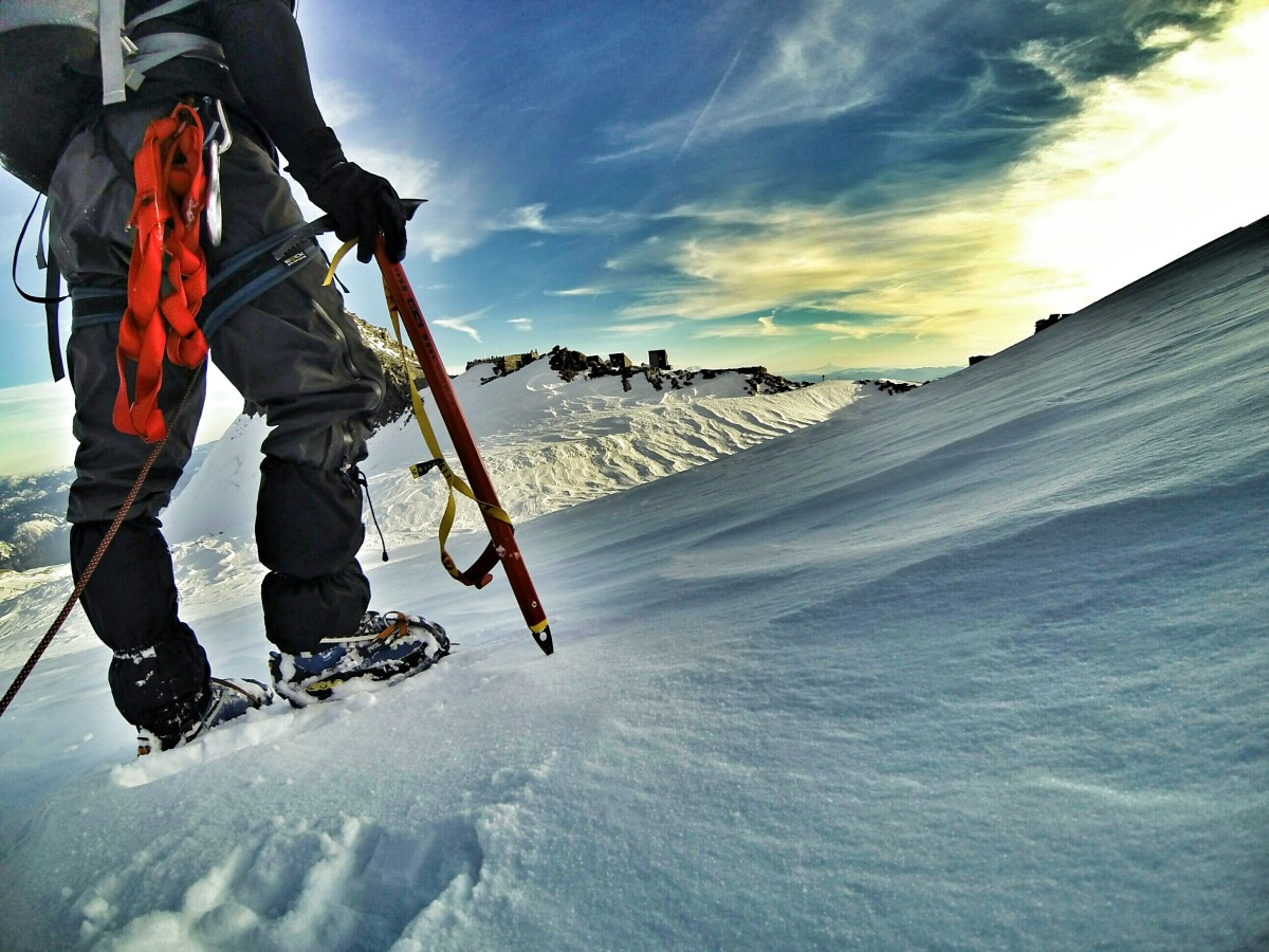 Kurt Morrison testing the Grivel Mont Blanc Nepal SA ice axe on Mount Rainier