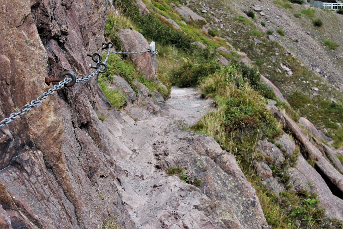 Chain Handrail Attached to the Side of the Cliff to Assist Hikers Along This Particularly Narrow Stretch of Trail