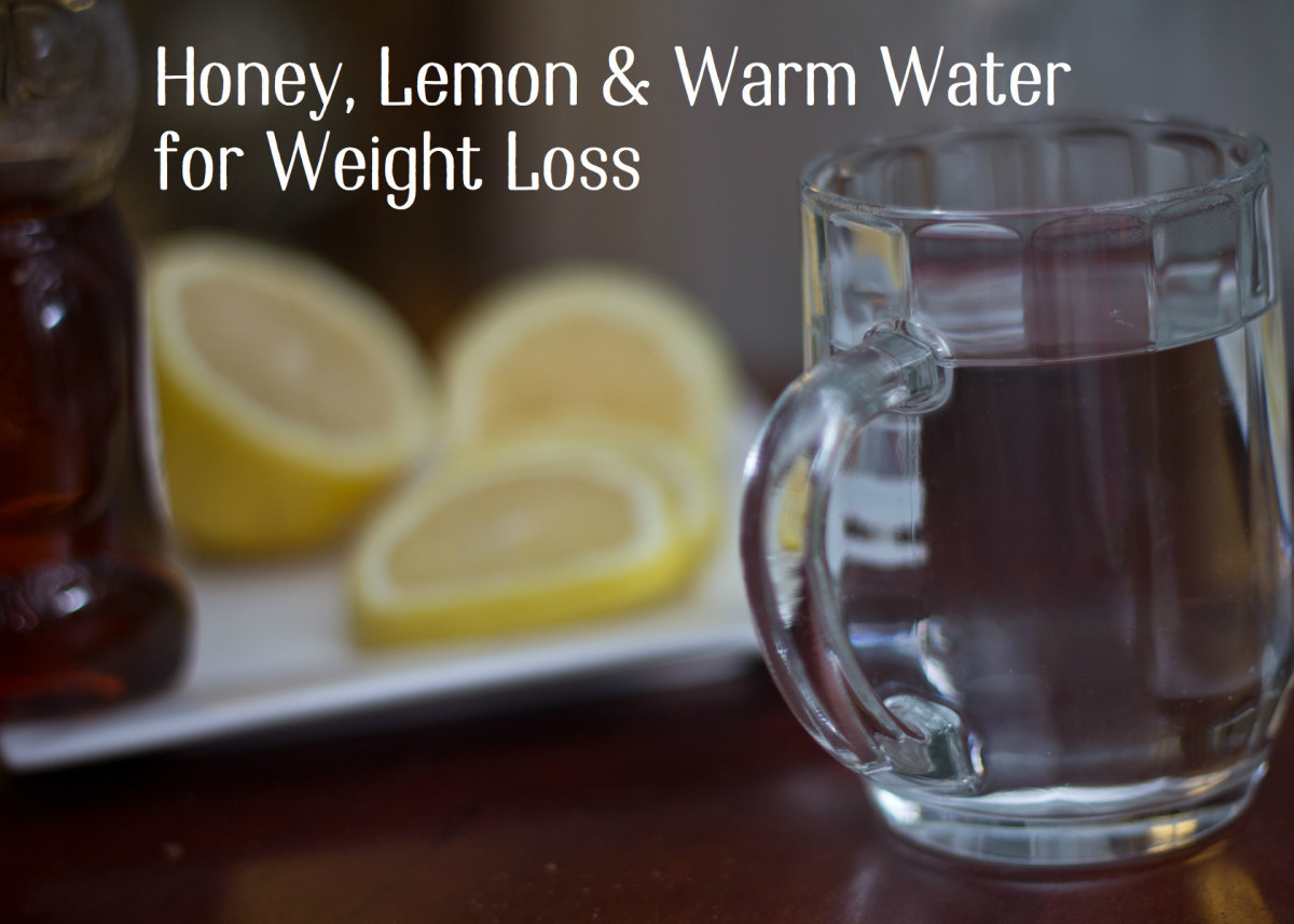 Warm water with honey and lemon make a delicious drink that will help you feel full and lose weight.