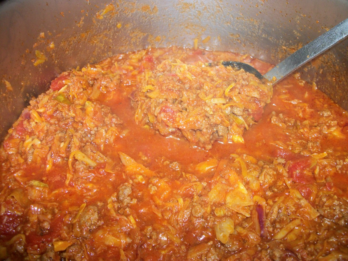 Simmer tomato, meat and cabbage 30 to 40 minutes.